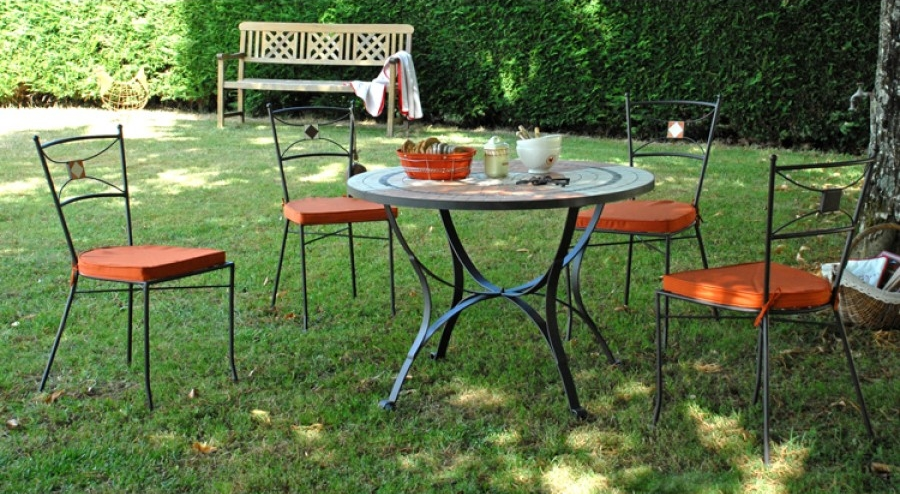 Salon de jardin fer forge for Salon de jardin metal colore